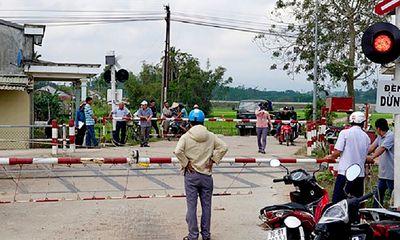 Thông tin mới nhất vụ tàu hỏa tông ô tô làm 3 người thương vong ở Quảng Ngãi