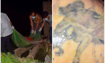 Vụ thi thể nam giới trên sông Hậu: Mặt biến dạng, tay trái có hình xăm con chó sói