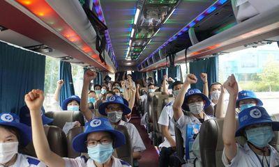Gần 100 cán bộ, sinh viên y dược Cần Thơ chi viện Vĩnh Long phòng chống dịch COVID-19