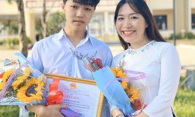 Nam sinh đầu tiên đạt điểm 10 môn văn tốt nghiệp THPT 2021, được tuyển thẳng vào ĐH Ngoại thương