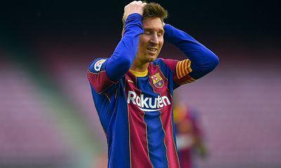 Bị xóa tên khỏi danh sách của Barcelona, Messi là