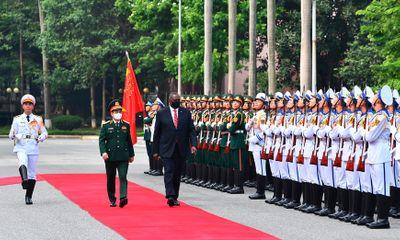 Bộ trưởng Quốc phòng Hoa Kỳ thăm chính thức Việt Nam