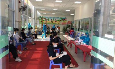 TP.HCM: Hàng nghìn sinh viên được tiêm vaccine phòng COVID-19
