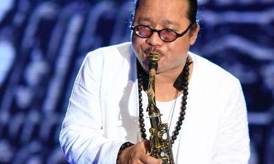 Nghệ sĩ saxophone Trần Mạnh Tuấn bị đột quỵ, đã qua cơn nguy kịch