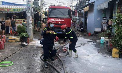 Căn nhà 2 tầng tại TP.HCM bốc cháy dữ dội, 3 cha con thương vong: Người cha bị bệnh tâm thần