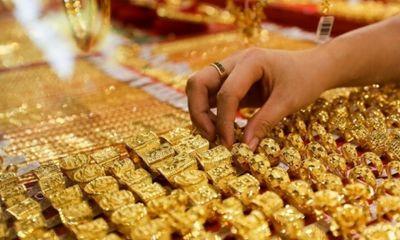 Giá vàng hôm nay ngày 1/10: Giá vàng trong nước đứng im khi thế giới tăng vọt