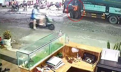 Trộm lẻn lên ca bin xe tải cuỗm 350 triệu đồng: Camera ghi lại gì?