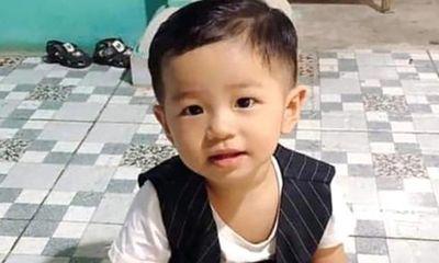 Bình Dương: Công an phát thông báo tìm kiếm bé trai 2 tuổi mất tích khi chơi trước nhà