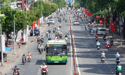 Chủ tịch Phan Văn Mãi: TP.HCM sẽ đề xuất phương án kiểm soát đi lại đúng tinh thần Nghị quyết 128