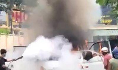 Vụ xe chở phạm nhân bốc cháy ở TP.HCM: Nhân chứng nói gì?