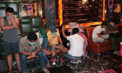 Phát hiện 30 đối tượng dương tính với ma túy trong quán karaoke ở Trà Vinh
