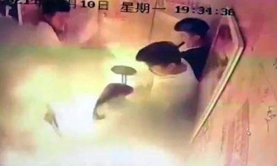 """Kinh hoàng cảnh 5 người hoảng loạn kêu cứu trong """"biển lửa"""" chỉ vì đem một thứ vào thang máy"""