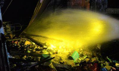 Hỏa hoạn kinh hoàng thiêu rụi cửa hàng tạp hóa ở Quảng Ngãi