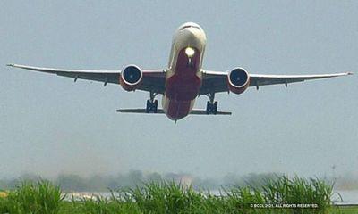 Ấn Độ gia hạn lệnh cấm chuyến bay quốc tế thêm 1 tháng