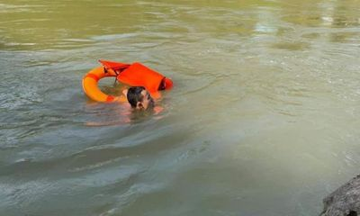 Nghệ An: Ra sông Đào tắm, nam thanh niên đuối nước mất tích