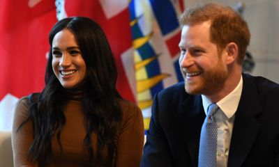 Vợ chồng Hoàng tử Harry thông báo sinh con gái