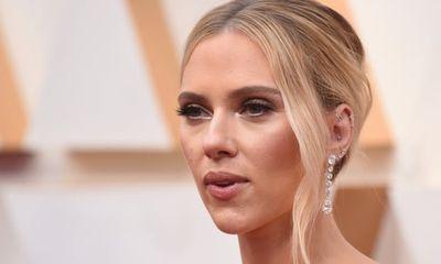 Scarlett Johansson: Black Widow trong Iron Man 2 được nhắc tới như một đồ vật