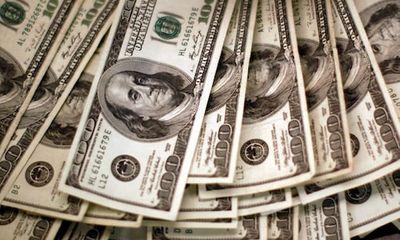Vợ hí hửng khoe tài khoản bỗng nhận được 50 tỷ USD, hành động sau đó của chồng gây ngỡ ngàng