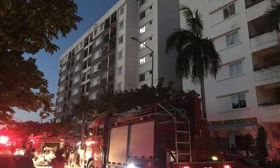 Căn hộ chung cư ở Huế bốc cháy, cư dân hoảng loạn tháo chạy