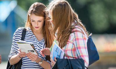 Số lượng thí sinh ứng tuyển vào đại học ở Anh năm 2021 tăng kỷ lục