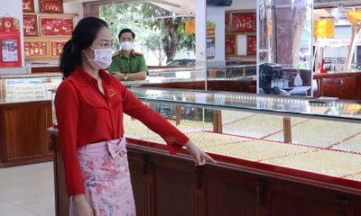 Điều tra vụ nhân viên tiệm vàng trộm 2.380 nhẫn vàng ở Bình Phước