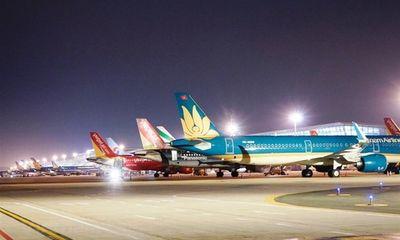 Hà Nội đề nghị tiếp tục dừng các chuyến bay, tàu chở khách đến thành phố