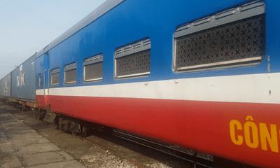 Chuyến tàu chuyên biệt đưa 500 người dân Ninh Bình từ các tỉnh phía Nam về quê