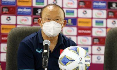 Tuyển Việt Nam thua ngược 1 – 3 trước Oman, HLV Park Hang-seo nói gì?