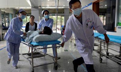 Thiếu niên 17 tuổi mắc ung thư đại tràng giai đoạn cuối, chuyên gia lập tức cảnh báo 6 thói quen nguy hiểm