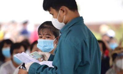 Người đã tiêm vaccine không phải cách ly tập trung khi đến Bình Dương