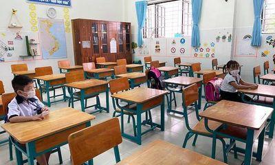 TP.HCM: Hơn 240 học sinh trở lại trường sau thời gian dài nghỉ học