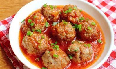 Mẹ đảm trổ tài làm ngay món thịt viên sốt cà chua mềm ngon ai cũng thích
