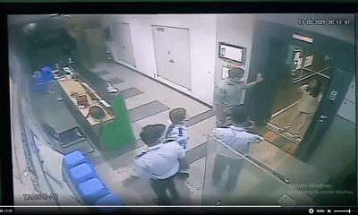 Làm rõ clip người phụ nữ hành hung bảo vệ chung cư vì bị nhắc nhở đeo khẩu trang