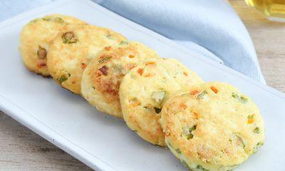 Bánh đậu phụ rau củ chiên, món ngon độc đáo khiến trẻ em nhà bạn thích mê