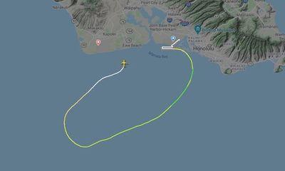 Máy bay chở hàng Boeing 737 đâm xuống biển ngoài khơi Hawaii