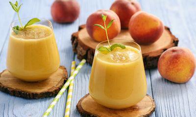 Chế biến ngay một ly sinh tố đào chua chua ngọt ngọt hấp dẫn lại vô cùng đơn giản