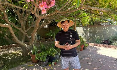 Choáng ngợp trước độ giàu có của Quang Lê: Ở biệt thự trăm tỷ, đồ hiệu đắt đỏ khó lòng theo kịp