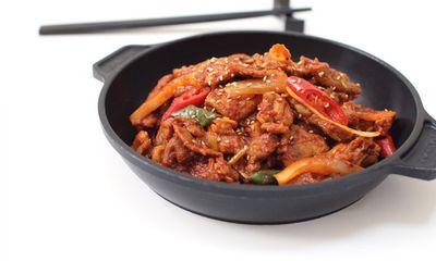 Cách làm thịt heo xào kiểu Hàn Quốc thơm ngon chuẩn vị