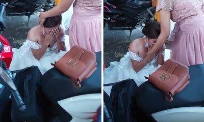 Gặp sự cố bất ngờ trong đám cưới, cô dâu bất lực ôm mặt khóc nức nở giữa đường