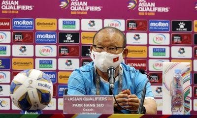 HLV Park Hang Seo thừa nhận chịu áp lực trước trận gặp ĐT Trung Quốc