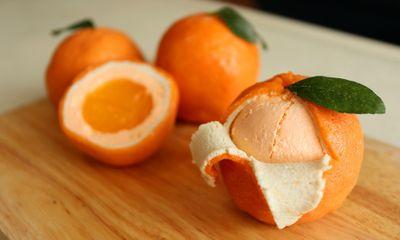 Ông bố Hà Nội trổ tài chế biến bánh trái cam quá giống thật được hội chị em ồ ạt xin công thức
