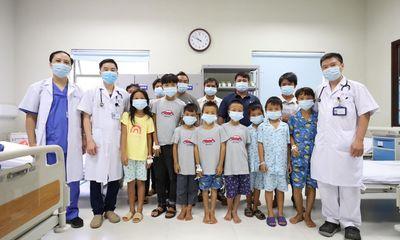 8 em học sinh ngộ độc quả hồng trâu đã được xuất viện về nhà