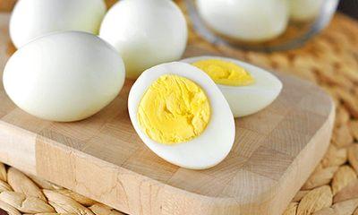 Có nên ăn trứng sau khi tiêm vaccine COVID-19?