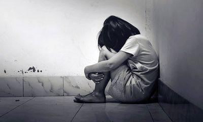 Yên Bái: Cụ ông U80 nhiều lần hiếp dâm 2 bé gái hàng xóm 8 tuổi