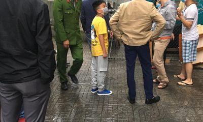 Hà Nội: Cháu bé rơi từ chung cư tầng 11 tử vong
