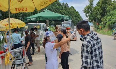 Muốn đi qua chốt kiểm dịch COVID-19 vào Hà Nội, người dân cần mang theo những giấy tờ gì?