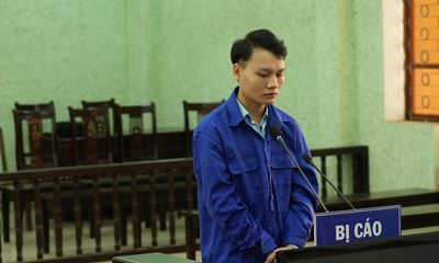 5 năm tù giam cho kẻ giả danh Công an, giao cấu với người dưới 16 tuổi