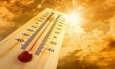 Nắng nóng gay gắt bao trùm miền Bắc, có nơi trên 40 độ C