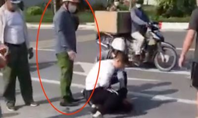 Vụ tài xế vật lộn với tên cướp nguy hiểm ở Hà Nội: Đại úy công an đứng bấm điện thoại tường trình gì?