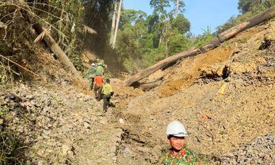 Dùng 6 tấn thuốc nổ đánh sập 75 hầm vàng ở Quảng Nam